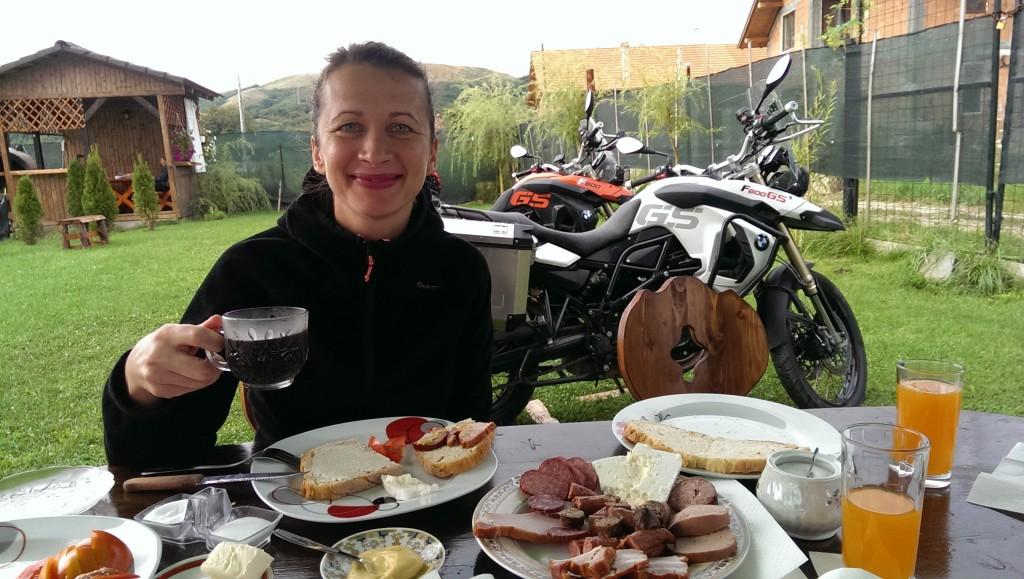 Rumuńskie śniadanie