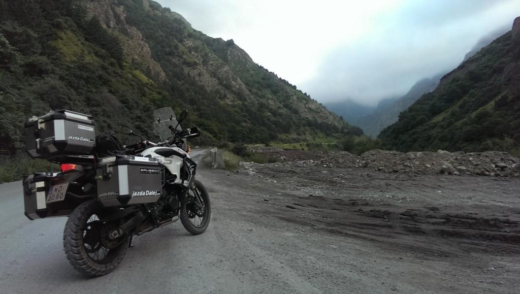 Kazbegi - wjazd do Gruzji